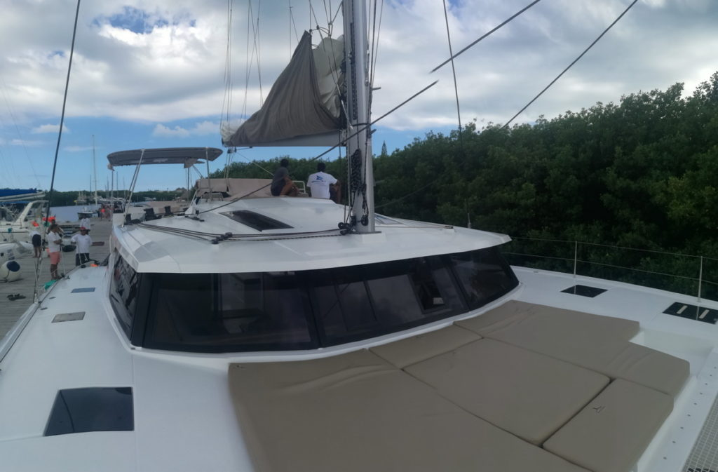 catamaran-fountainpajot47