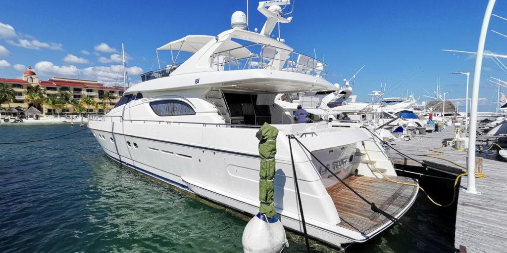 Ferreti Yacht Cancun Isla Muejres