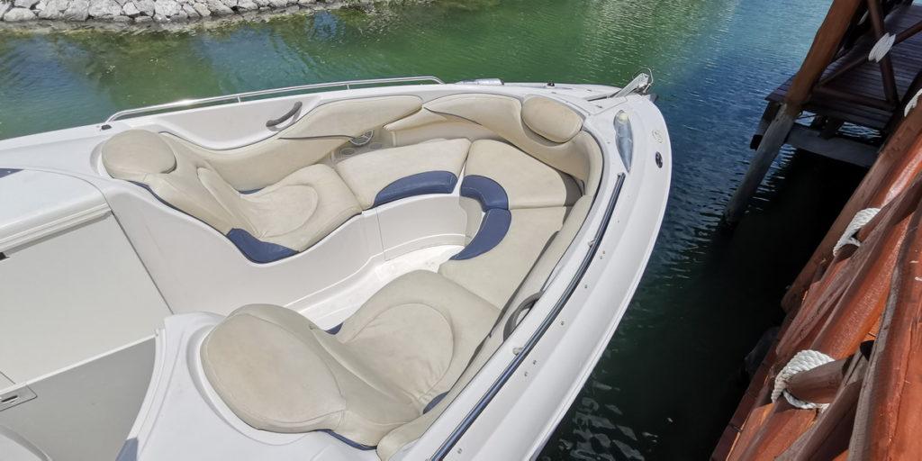Fast sport boat cancun
