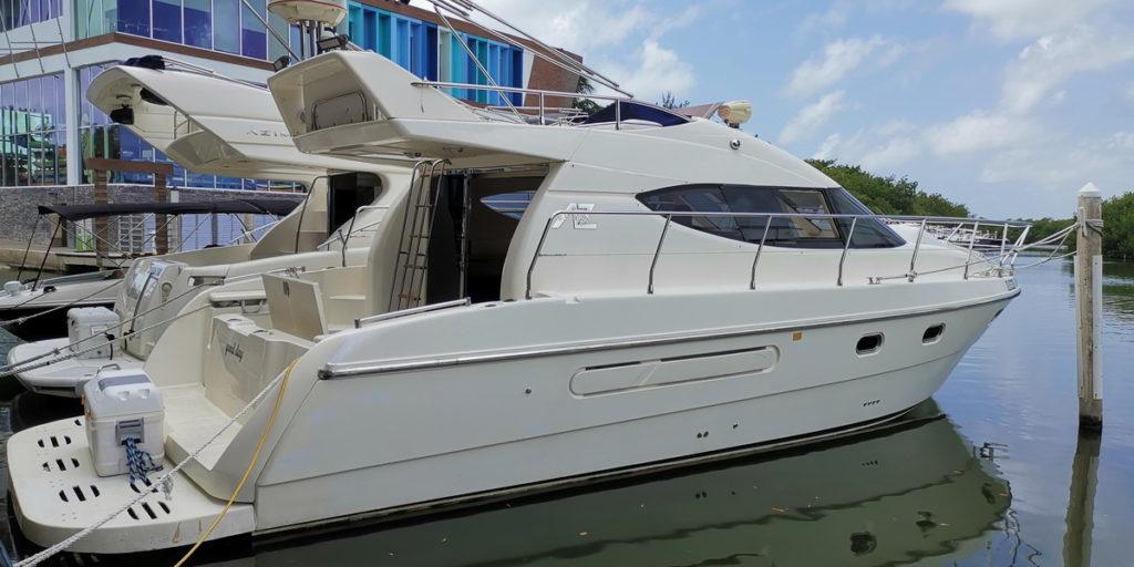cheao boat cancun