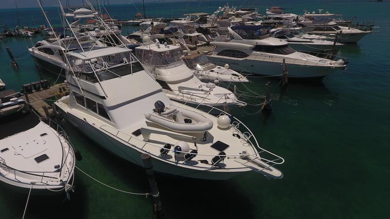 Hatteras fishing boat